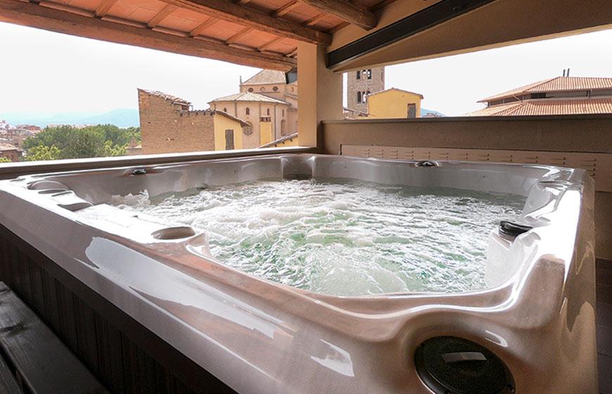 Jacuzzi-hotel-