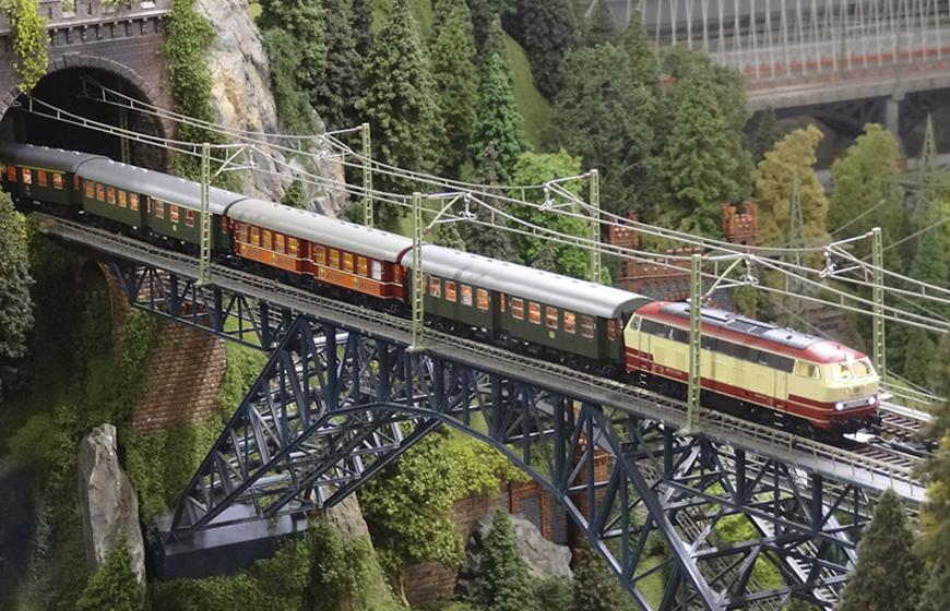 pont-ferrocarril-miniatura