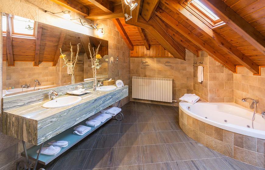 banyera-d'hidromassatge-hotel